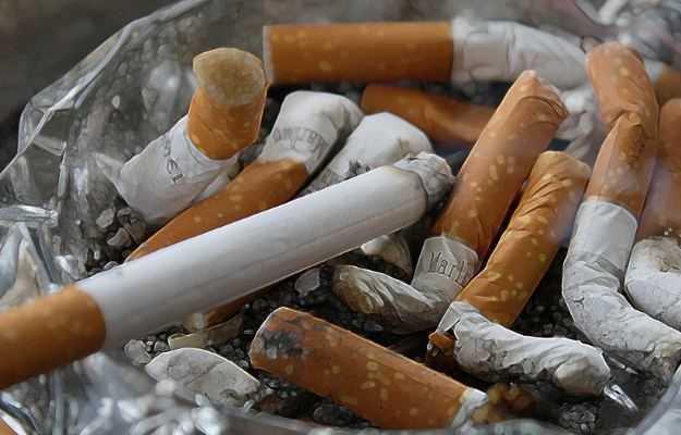 ध्रूमपान की लत